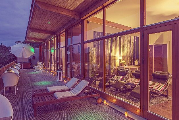The relaxation deck area at Rainforest Spa