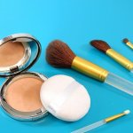 Top 5 Reasons To Clean Your Makeup Brushes