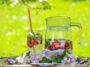 5 Infused Waters To Keep You Hydrated This Summer