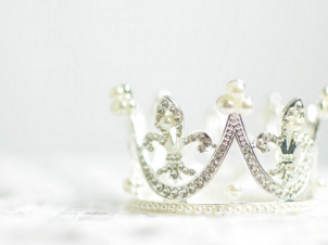 How Eminence Organic Skin Care Is Perfect for a Royal Mum!