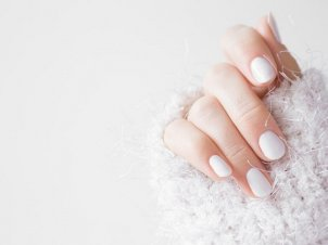 5 Tips to Make your Manicure Last Longer this Winter
