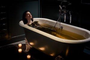 OspreySpa seaweed bath